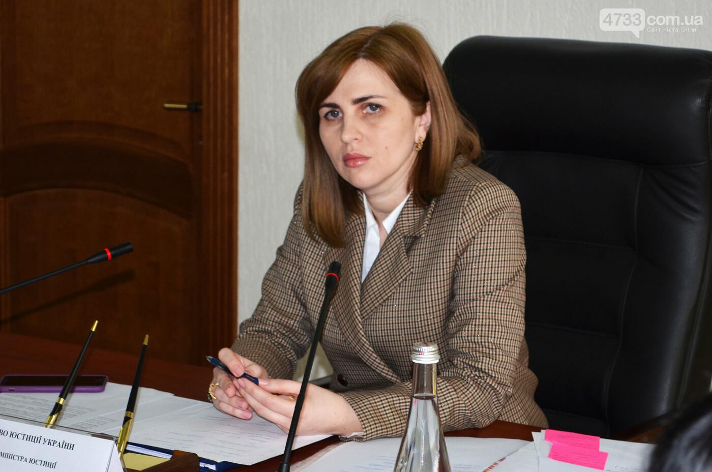 Українських в'язнів можуть звільнити через COVID-19, фото-1