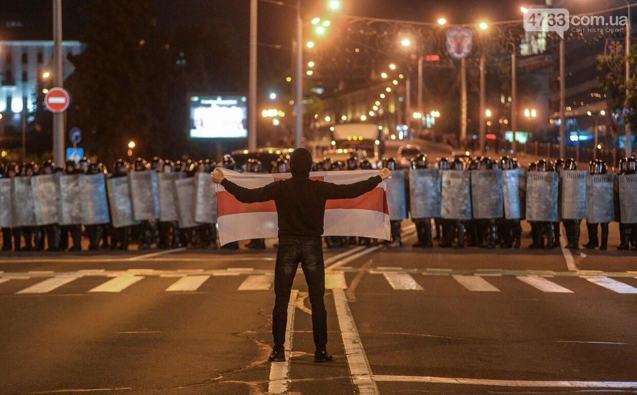 В Білорусії ллється кров - по даним державного екзіт-полу Лукашенко лідирує на президентських виборах, фото-3