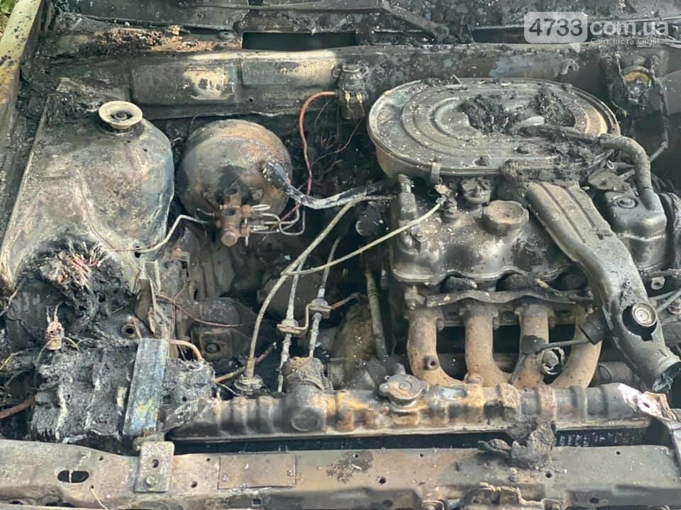 На Поштовому загинув чоловік, рятуючи власне авто, фото-3