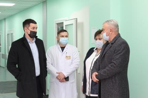 У міській лікарні проводиться реконструкція  та придбано новий сучасний томограф, фото-5